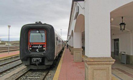 Adif invierte más de 115.000 euros en modernizar y mejorar la estación de tren de Valencia de Alcántara