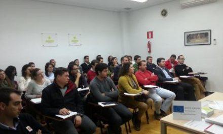 Medio centenar de parados se forma en internacionalización de empresas gracias a Pimex