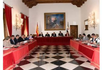 La Diputación de Cáceres destina 1,4 millones de euros para atender a mayores y discapacitados