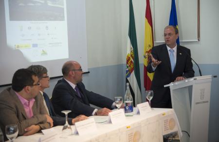 Monago anuncia una inversión de 7 millones para mejorar las infraestructuras de Monfragüe