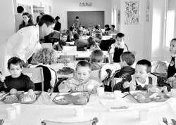 El Ayuntamiento de Almendralejo pone en marcha el comedor escolar y anuncia otro para septiembre