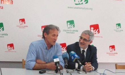 Gaspar Llamazares aboga por un proyecto de izquierdas que plante cara a las políticas de austeridad de la UE