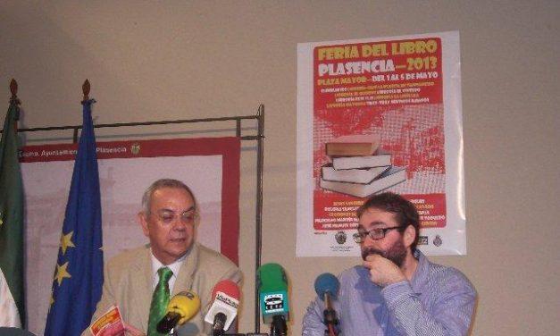 La plaza mayor de Plasencia acogerá la Feria del Libro del 1 al 5 de mayo con varias actividades paralelas
