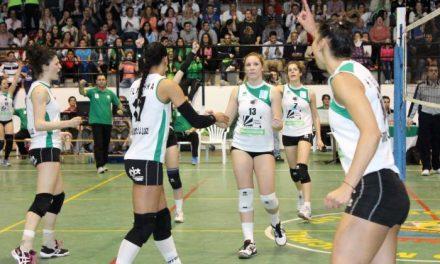 La internacional del Arroyo, María Larrakoetxea, resulta elegida jugadora más valiosa  por la Federación de Voleibol