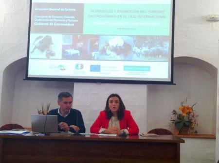 Elisa Cruz destaca el gran potencial del turismo gastronómico en la zona del Tajo Internacional