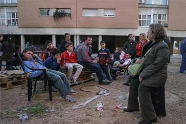 """Vecinos de Suerte de Saavedra se querellan contra la Consejería de Fomento por """"daños morales y coacción"""""""
