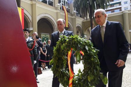 El ministro del Interior preside en Badajoz la toma de posesión del general jefe de la Guardia Civil en la región
