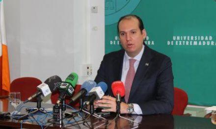 Hernández Carrón anuncia que el centro de salud de Suerte de Saavedra abrirá sus puertas el 28 de mayo