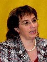 La delegada del Gobierno, Carmen Pereira, asegura que el AVE estará listo en la próxima legislatura