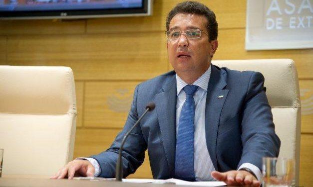 Sáenz de Santamaría asiste este martes al XXX aniversario de la  Asamblea de Extremadura