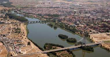 La Junta autoriza la firma del convenio para la ordenación de las riberas del río Guadiana en Badajoz