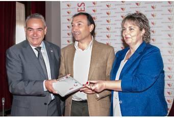 La Diputación firma dos convenios con Cruz Roja para el mantenimiento del servicio de Teleasistencia