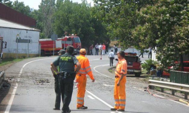 Moraleja rinde homenaje a los tres fallecidos hace un año en la explosión de la extractora de orujo