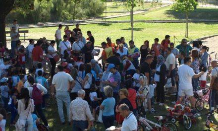 """Más de 80 niños han participado en la IV edición de la ruta """"Peque-bici"""" de Moraleja"""
