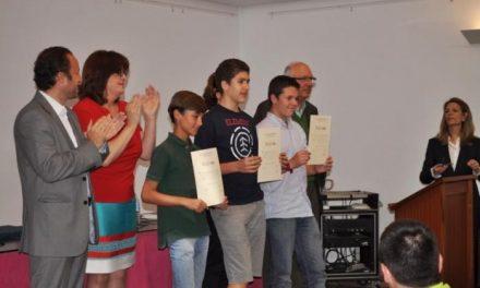 Alumnos de Badajoz, Cáceres y Villafranca representarán a Extremadura en la Olimpiada Matemática Nacional