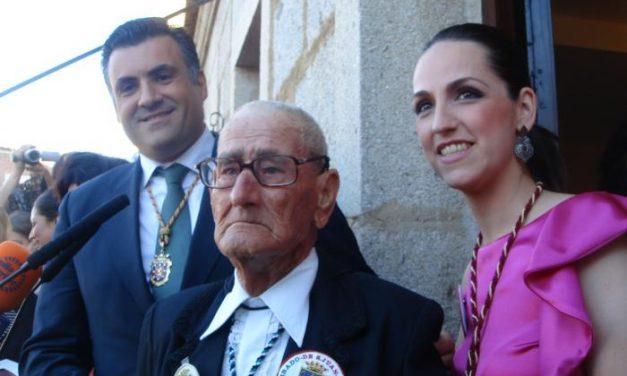Arrancan en Coria las fiestas de San Juan 2013 con el nombramiento oficial de su abanderada