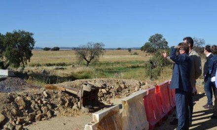 Fomento reinicia las obras de la carretera EX-207 entre Arroyo de la Luz y Malpartida de Cáceres