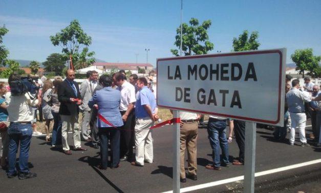 La Diputación de Cáceres buscará colaboración para finalizar la carretera que une Moraleja y Guijo de Coria