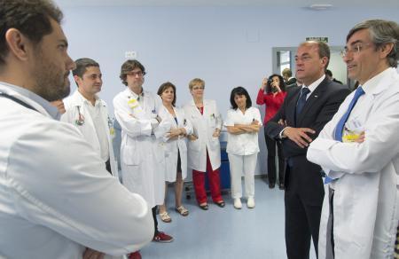 Monago destaca el trabajo en red de investigación clínica de la región para optimizar los recursos sanitarios