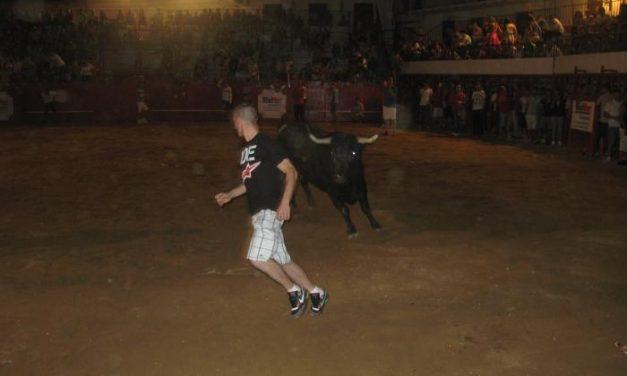El primer encierro y lidia del toro del aguardiente de San Buenaventura finaliza sin heridos ni incidentes