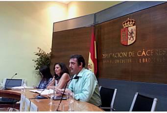 El programa de actuaciones 'Estivalia' celebra este verano su XXV aniversario y llegará a 15 localidades cacereñas