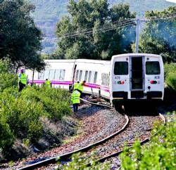 """La Junta asegura que la línea férrea Madrid-Lisboa """"no se cierra"""" y se reabrirá al tráfico cuando esté """"segura"""""""