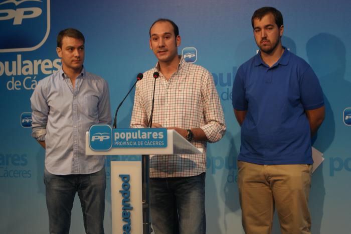 Sánchez Juliá destaca la participación y el contenido formativo de la escuela de verano de NN GG en Coria
