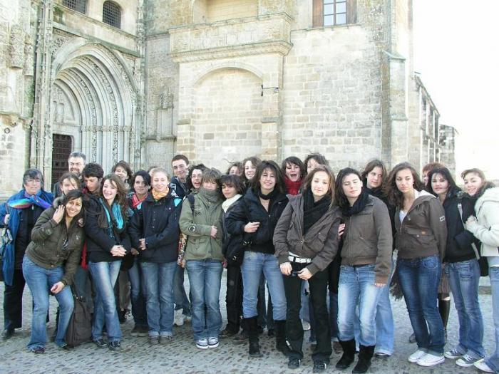 Alumnos del instituto de Les Herbiers participan en un intercambio cultural con el instituto Alagón de Coria