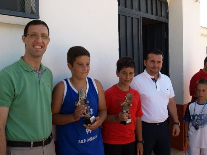 """La pareja """"Los del 99"""" se proclaman ganadores del III Torneo de Pádel Sub-16 San Buenaventura de Moraleja"""