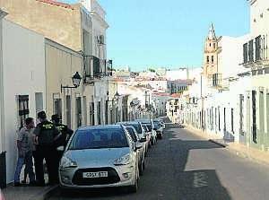 Hernández Carrón condena el asesinato de una mujer a manos de su pareja en Villafranca de los Barros