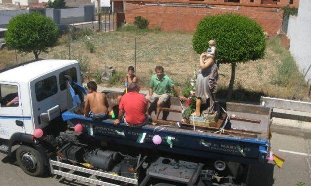 El barrio de San Cristobal de Moraleja celebra las fiestas en honor al patrón con un menor número de vehículos