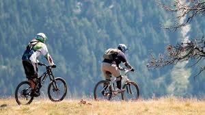 La V Quedada Nocturna del grupo de bicicleta todo terreno Xálima congregó a más de 40 ciclistas