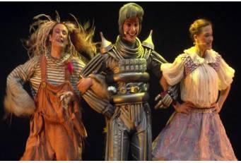 Estivalia continúa mañana con la representación teatral de la obra 'El maravilloso Mago de Oz'