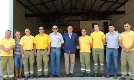 Echávarri alaba la labor de los profesionales en la lucha contra incendios y agradece la colaboración ciudadana
