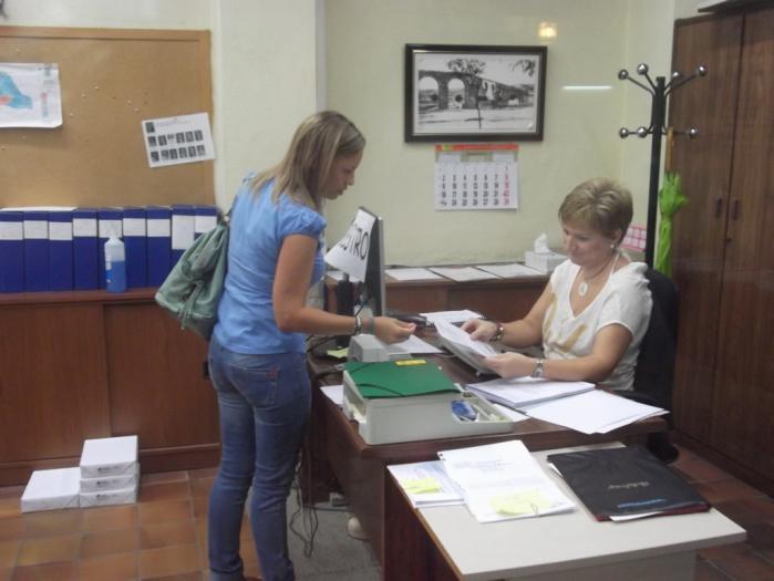 La concejala Mónica García solicita en el registro el abandono del grupo socialista de Plasencia
