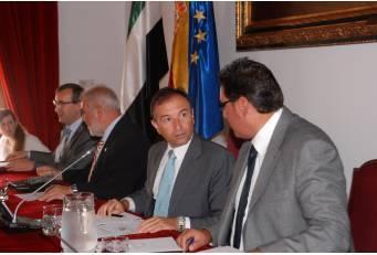 La Diputación refinanciará el Plan Extraordinario de Inversiones 2013 con remanentes propios