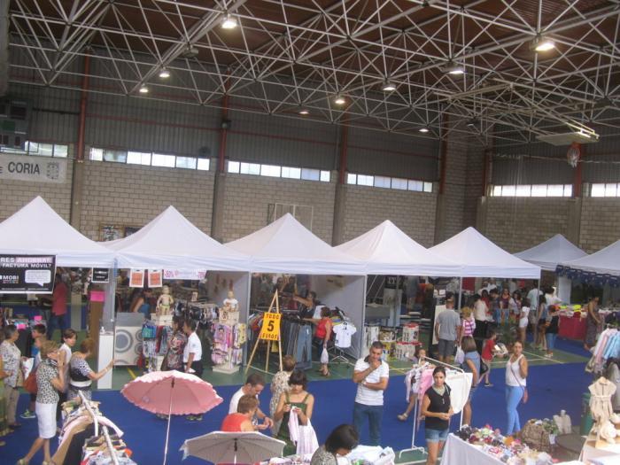 Más de 6.000 personas visitan la primera edición de la Feria de la Oportunidad celebrada en Coria