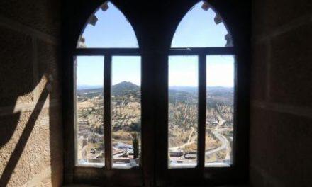 Fomento invierte 60.000 euros para que el Castillo de Alburquerque pueda reabrirse al público