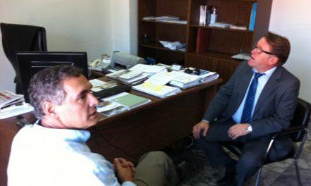 El alcalde de Valencia de Alcántara confía en que las obras de la ITV comiencen en 2014