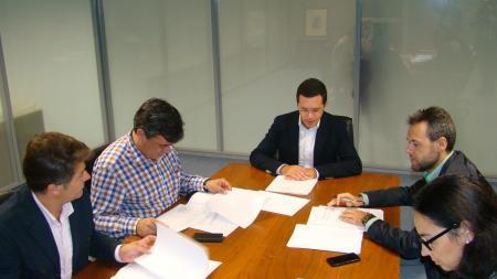 Los municipios que comparten secretario o interventor municipal recibirán 150.000 euros