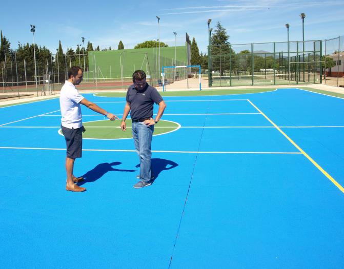 El Ayuntamiento de Moraleja finaliza las obras de mejora en las pistas del complejo deportivo