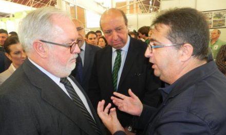 Arias Cañete se reunirá con las organizaciones agrarias el 23 de octubre para abordar la aplicación de la PAC