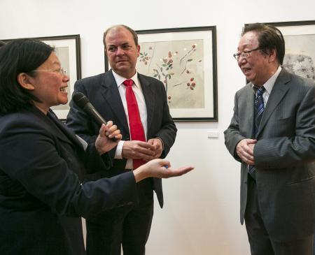 Monago destaca la importancia de hermanar a Extremadura y China a través de la cultura