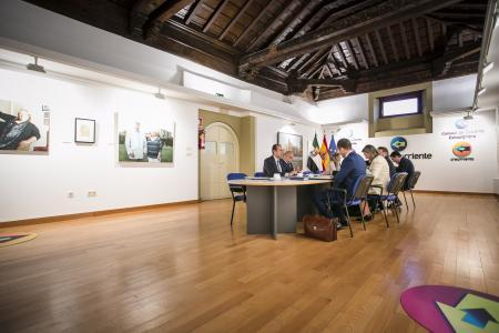 El Gobierno de Extremadura firmará el jueves el Programa de Inversión Municipal con las dos diputaciones