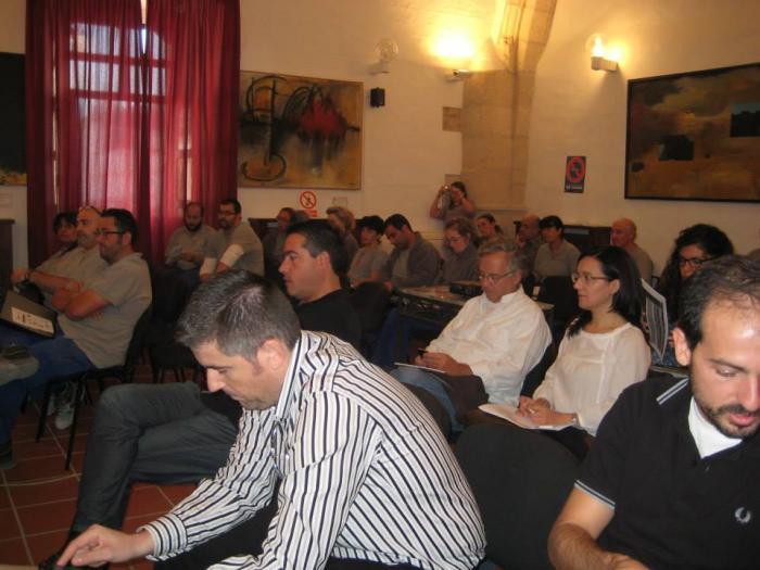 Más de 20 empresarios participan en el Foro Pymes y Emprendimiento de Valencia de Alcántara