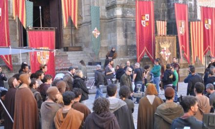 El Grupo Literario Valbón insta a Film Comission a que la serie Isabel se grabe en Valencia de Alcántara