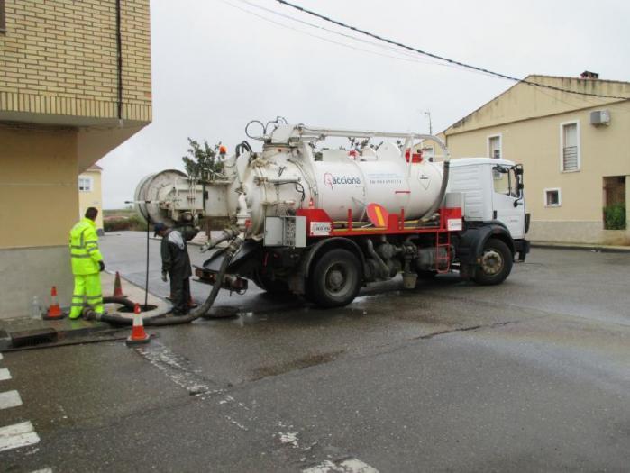 Acciona Agua realiza en Moraleja un plan preventivo de saneamiento en las redes de abastecimiento