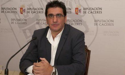 Lopez Marroyo confía en que el plan del Parque Cultural Sierra de Gata se firme en la primavera de 2014