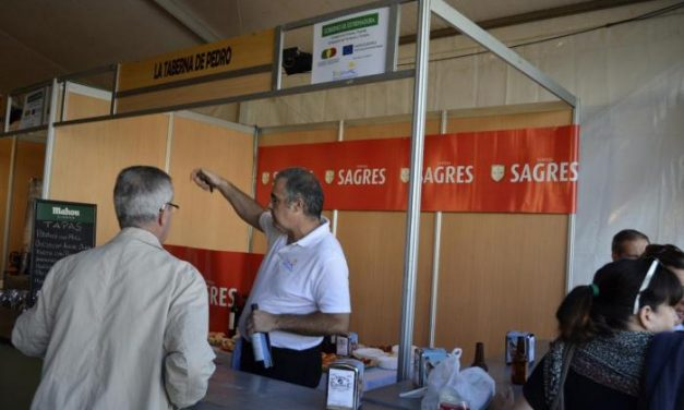 Cientos de personas degustan la gastronomía del Tajo Internacional en Valencia de Alcántara