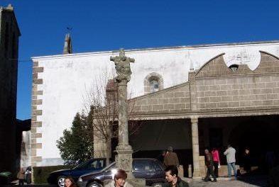 La iglesia de Ahigal acogerá esta tarde el funeral por la mujer que fallecía ayer en la recogida de la aceituna